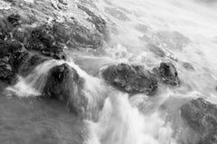 Dampfiger Wasserfall Lizenzfreies Stockbild