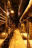Dampfkessel, Strichleitern und Rohre Stockfotografie