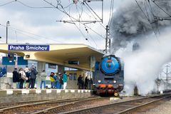 Dampflokomotive Albatros 498 022, Bahnhof Smicho Prags Lizenzfreie Stockfotos