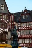 Damrättvisa på det Roemer stället i Frankfurt arkivfoto