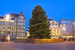 Damsquare in Amsterdam bij Kerstmis in Nederland Royalty-vrije Stock Foto