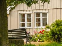 Damstredet,奥斯陆住宅区有老木房子的 奥斯陆,挪威地标首都 免版税库存照片