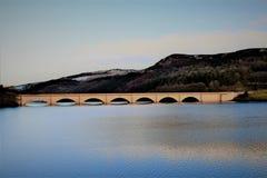Damy altanki rezerwuar w nadziei dolinie, Derbyshire zdjęcia royalty free