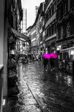 Damy z parasolami obraz stock