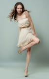 Dança bonita da menina Imagens de Stock
