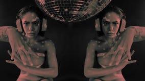 Dança bonita da mulher video estoque