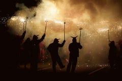 Dança com fogo Fotos de Stock Royalty Free