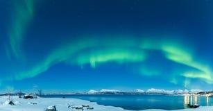 Dança da Aurora do panorama Imagem de Stock
