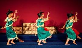 Dança da colheita, Camboja Imagens de Stock Royalty Free