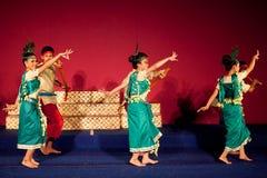 Dança da colheita, Camboja Fotos de Stock Royalty Free