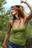 Dança da menina com alegria Fotos de Stock