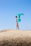 Dança da menina no vento Fotos de Stock Royalty Free