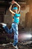 Dança da mulher nova Fotografia de Stock Royalty Free