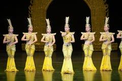 Dança de Avalokitesvara fotografia de stock royalty free