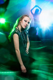 Dança de Clubber e vista da câmera Imagens de Stock