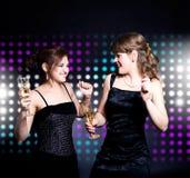 Dança de duas mulheres Foto de Stock