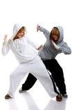 Dança de duas mulheres novas Fotos de Stock