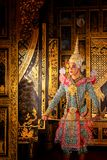 Dança de Tailândia da cultura da arte no khon mascarado no ramayana da literatura, macaco clássico tailandês mascarado, Khon, Tai fotografia de stock royalty free