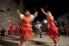 Dança do sward de Croatia - de Moresca imagem de stock