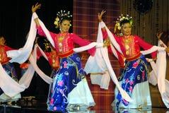 Dança do valor máximo de concentração no trabalho Yong Fotografia de Stock