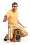 Dança engraçada fresca do gajo no altofalante Foto de Stock Royalty Free