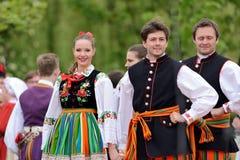 Dança popular tradicional polonesa imagem de stock
