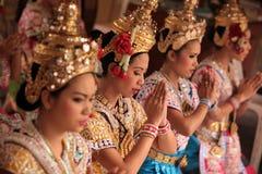 DANÇA TAILANDESA DO SANTUÁRIO DE ÁSIA TAILÂNDIA BANGUECOQUE ERAWAN Foto de Stock