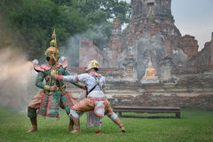 Dança tailandesa tradicional do drama da máscara de Khon Imagens de Stock Royalty Free