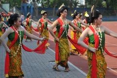 Dança tradicional do Javanese de Gambyong imagens de stock