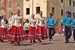 Dança tradicional do russo Imagens de Stock