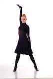 Dançarino novo da beleza nos saltos altos imagens de stock