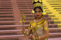 Dançarino Performance de Apsara no templo fotos de stock royalty free