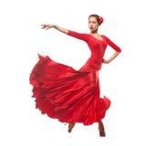 Dançarino da mulher que veste o vestido vermelho Fotografia de Stock
