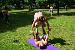 Dançarinos acrobáticos 88 Imagens de Stock