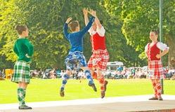 Dançarinos das montanhas em Strathpeffer. fotografia de stock royalty free