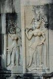 Dançarinos de Angkor Wat— Apsaras em Camboja fotografia de stock royalty free