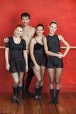 Dançarinos de bailado masculinos e fêmeas no estúdio Imagem de Stock Royalty Free