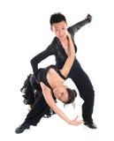 Dançarinos do latim dos pares Fotos de Stock