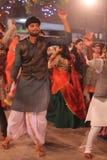Dançarinos em noites do navratri - Índia Fotos de Stock