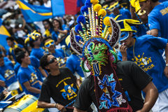 Dançarinos em uma parada, o dia de Quito, Equador Fotos de Stock