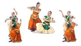 Dançarinos fêmeas clássicos indianos Fotografia de Stock