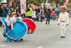 Dançarinos mexicanos - Adelaide Fringe 2017 imagens de stock