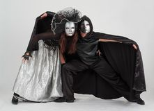 Dançarinos nos trajes e nas máscaras Imagem de Stock