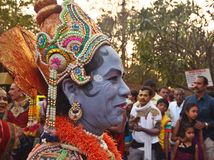Dançarinos populares na Índia no festival de Sankranti Foto de Stock