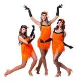 Dançarinos retros fêmeas que mostram alguns movimentos contra o branco isolado Fotografia de Stock Royalty Free