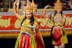 Dançarinos tailandeses novos Fotografia de Stock Royalty Free
