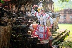 Dan?a de Tail?ndia da cultura da arte no khon mascarado no ramayana da literatura, macaco cl?ssico tailand?s mascarado, Khon, Tai imagens de stock