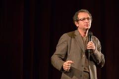 Dan Puric che dà un discorso Immagini Stock Libere da Diritti