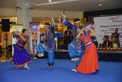 Dança do folclore Fotografia de Stock Royalty Free