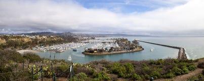 Dana Point Harbor från den fotvandra banan Royaltyfria Foton